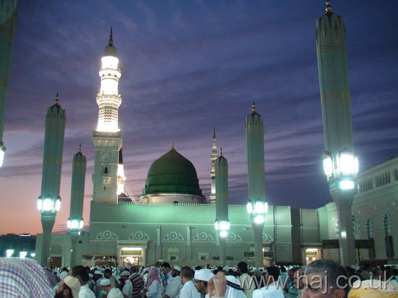Masjid-Al-Nabi.jpg